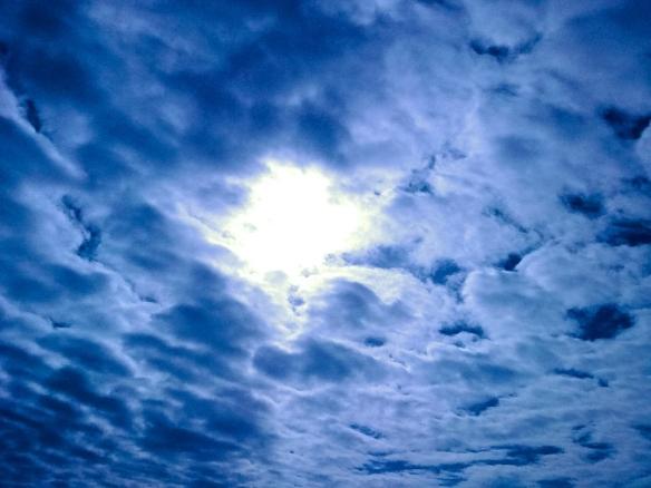 wolkenhimmel-76e4ce0e-b773-445a-b6ed-d9a82b4c0712